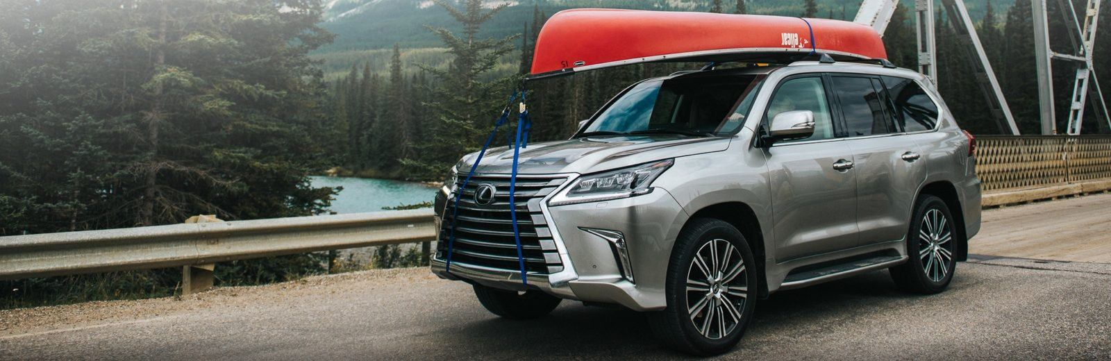 Lexus LX 570 in Atomic Silver